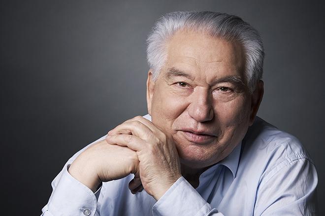 Айтматов, Чингиз Торекулович
