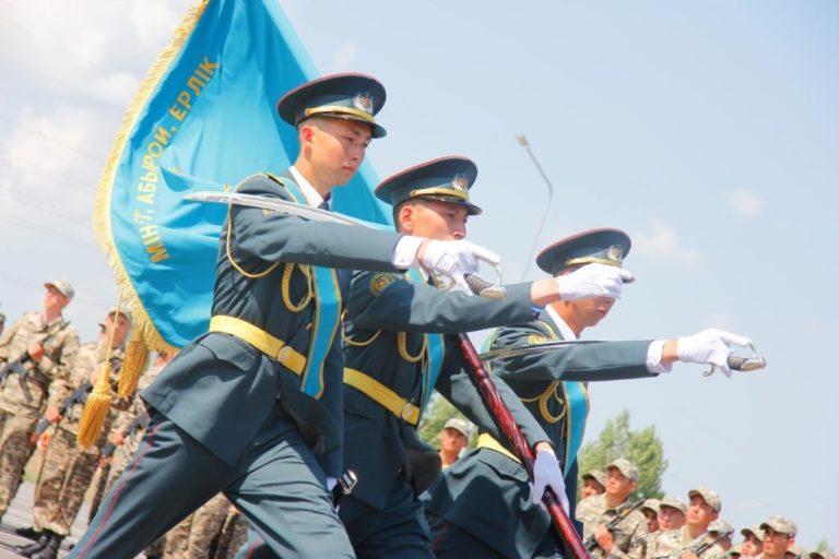 7 мая- День Вооруженных сил Казахстана!
