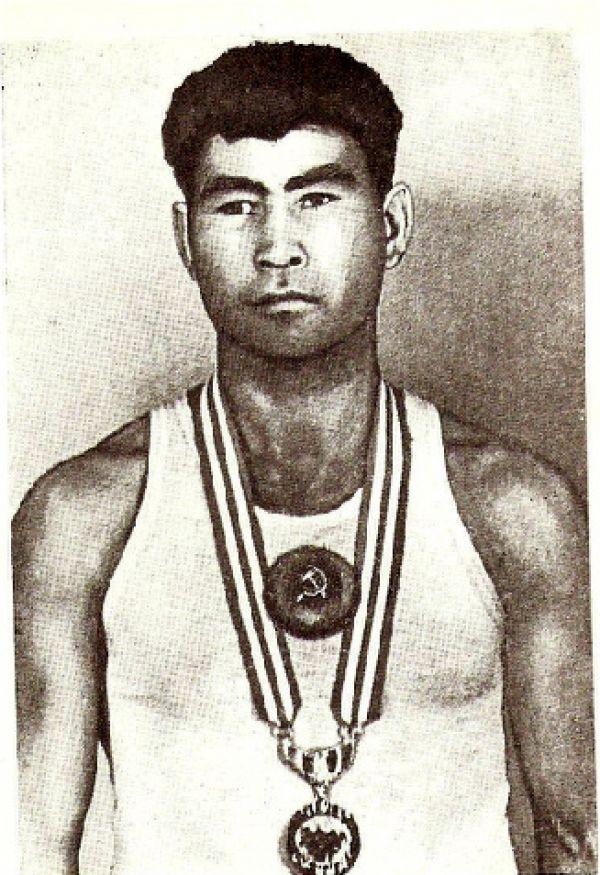 Нурмаханов, Абдысалан Нурмаханович
